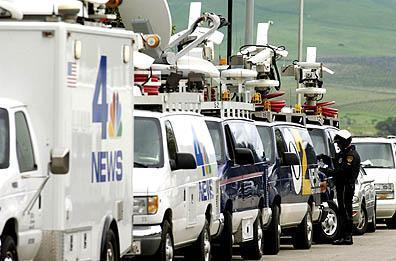 satellite-trucks.jpg