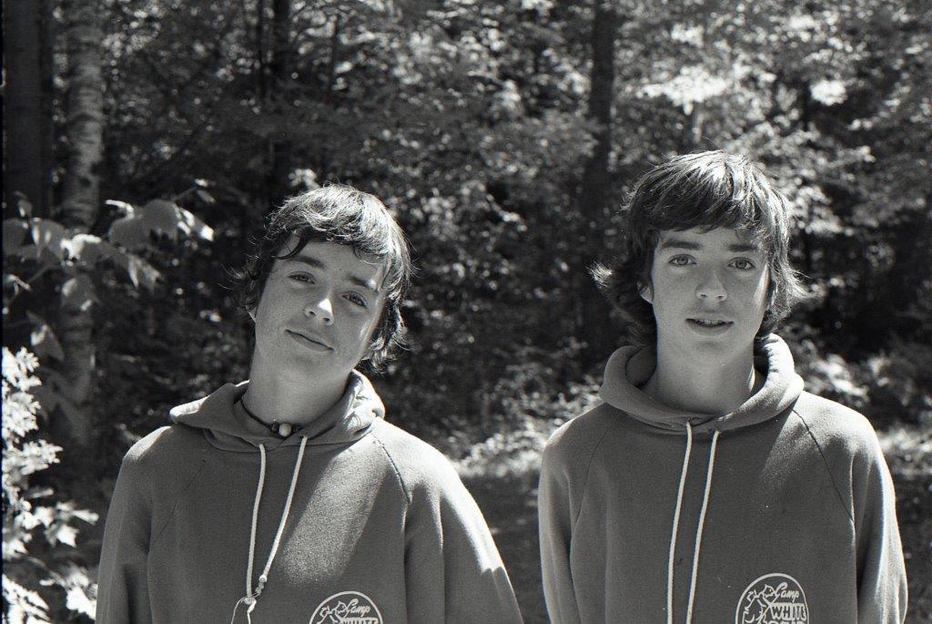 T&T twin photo